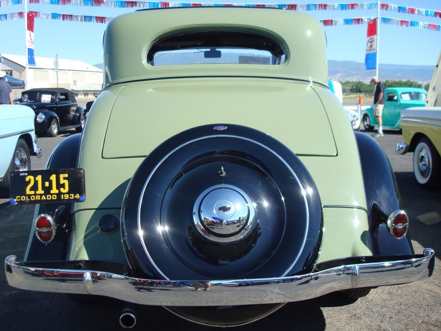 1934 Chevrolet Five Window Coupe - Photos and Video