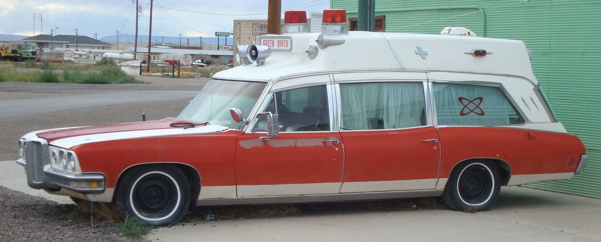 1970 Pontiac Bonneville Ambulance - Photos and Video