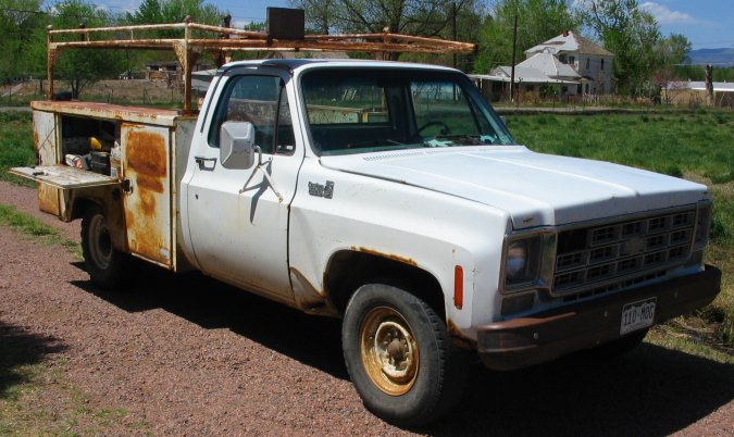 77 Chevy Truck >> 1977 Chevy Truck Photos Of Mike S Chevrolet Custom Deluxe Truck