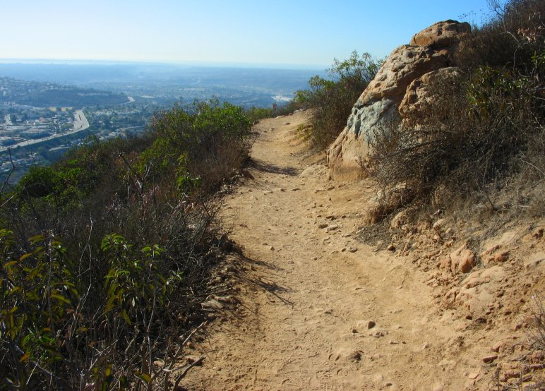 cowels mountain This heart pumping 3 mile vertical climb to the highest point within the city of san  diego at 1,592 feet, the view from the top of cowles mountain.
