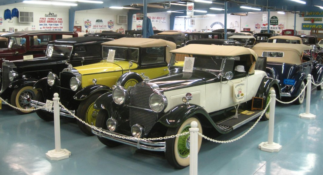J&R Vintage Autos in Rio Rancho, New Mexico - Antique Car Photos